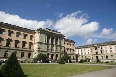 جامعة جنيف